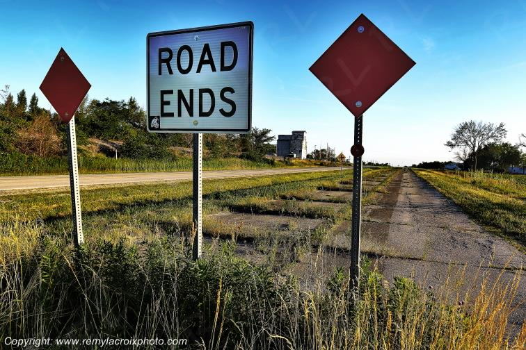Road Ends,Route 66,Cayugat,Illinois,USA